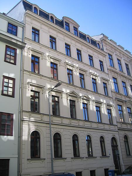 Objekt: Lortzingstr. 11, Leipzig – Baujahr Gebäude: 1900 – Saniert: 1994/1995 – WEG – Verwaltung seit: 2008 – Wohneinheiten: 5