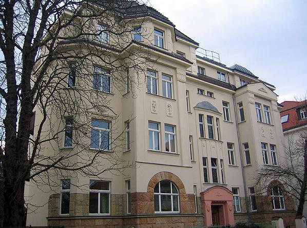 Objekt: Rückertstr. 5, Leipzig – Baujahr Gebäude: 1900 – Saniert: 1996 – WEG – Verwaltung seit: 1998 – Wohneinheiten: 16 – Sondereigentumsverwaltung: 15